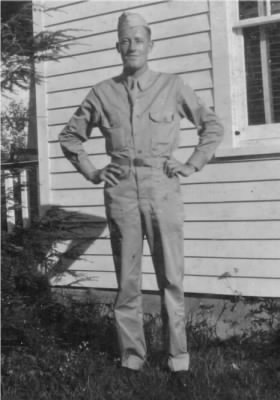Enoch in Army uniform, 1943