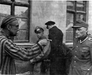 Jewish prisoner identifies SS guard