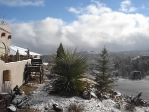 Snow at the Connolly Home in Prescott AZ. (Mile-High)