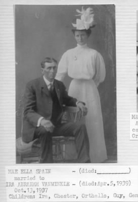 Mae Ella and Ira VanWinkle, 1920