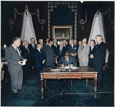 Signing of the Nuclear Test Ban Treaty - Fold3.com