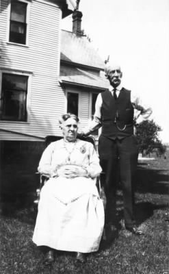 Daniel and Louisa Clingaman in their side yard