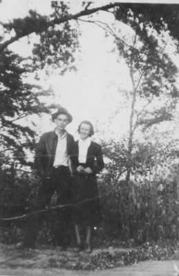 Kenneth William Jennings and Della Nevaline Vowell Jennings.jpg