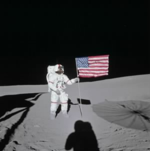 Alan Shepard on the moon.jpg