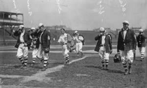 Cubs1908 Del Howard, Mordecai Brown, Kid Durbin, Jimmy Slagel, Frank Chance.jpg