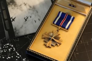 Distinguished flying-cross.jpg