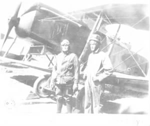 Capt Elliot P. Hinds pilot 45yr andLt John C Lumsden Obsv 42yr oldest flight crew in france.png